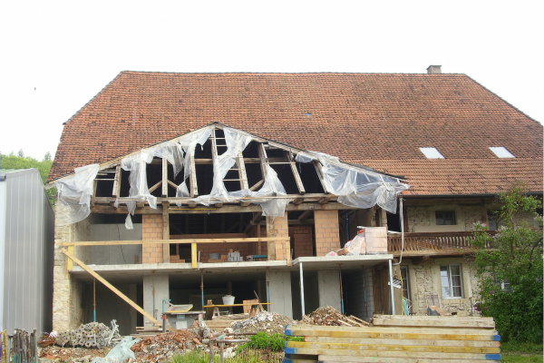 laendliche-bauten-einbau-wohnungen-in-altes-bauernhaus-in-lengnauA28E49C7-0A24-DDF4-3CC8-AC13502C579C.png